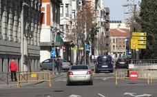 El repunte de la demanda agota en Valladolid las pegatinas medioambientales
