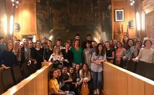 La Diputación da la bienvenida a los Erasmus+ de León