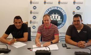 Villaquilambre firma tres convenios con la Junta Vecinal de Navatejera por 90000 euros