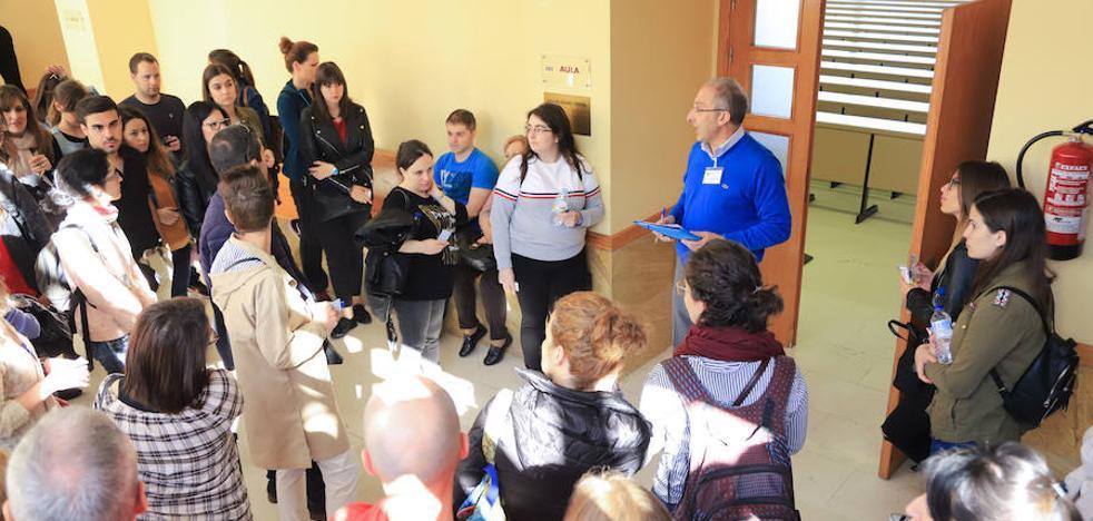 La Junta solicita un informe sobre el examen de oposiciones a enfermería