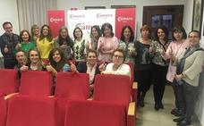 Finalizan los cursos impartidos por Germánde González organizados por comerciantes y Cámara de León