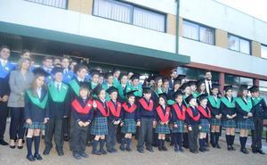 Peñacorada celebra la graduación de sus alumnos de Infantil, Primaria y Secundaria