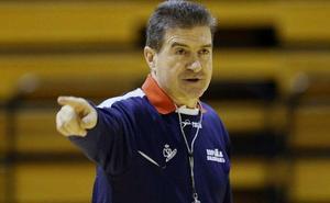 Manolo Cadenas vuelve a entrenar al Abanca Ademar