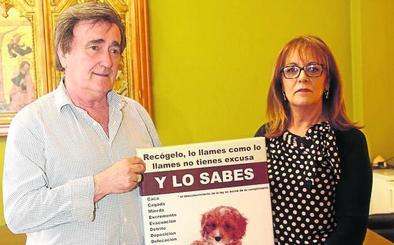Cuéllar pone en marcha una campaña de recogida de excrementos de perro