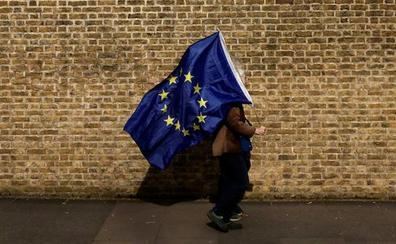 Abstención y embrollo en unos comicios contracorriente en el Reino Unido