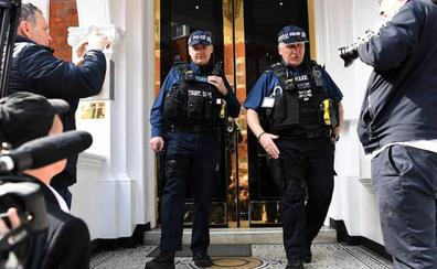 Ecuador incauta bienes de Assange para entregarlos a Estados Unidos