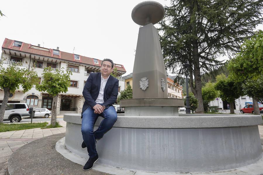 El candidato a las Cortes de Castilla y León por la UPL, Luis Mariano Santos