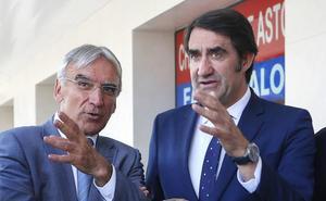 Quiñones afirma que entre la Junta y los empresarios se construirá «un mapa de transportes que mejore el medio rural