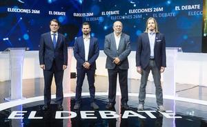 Tudanca e Igea no concretan si pactarán pese a la exigencia de Mañueco y Fernández para que se definan