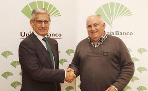 Unicaja Banco potenciará la actividad económica del Colegio Oficial de Protésicos Dentales de Castilla y León y de sus 450 profesionales