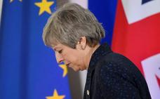 May evade un motín conservador contra su liderazgo