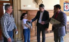 Diputación aporta 8.000 euros para la conservación, fomento y difusión del perro leonés de pastor