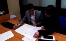 Javier Arias propone un pacto para evitar la desaparición del Colegio Luis del Olmo