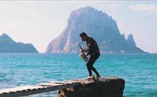 LuGotti muestra 'el otro lado' de Ibiza