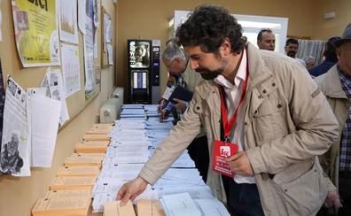 Sarrión pide votar a quien «más trabaja por defender a los ciudadanos»
