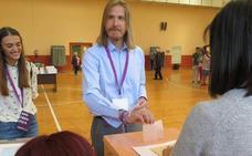 Pablo Fernández espera buenos resultados y ve a Podemos-Equo como garante de «un giro copernicano en la Junta»