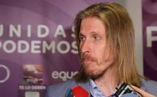 Pablo Fernández se cae de las Cortes y pone a disposición su cargo al frente de Podemos