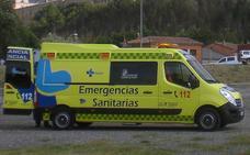 Cuatro heridos al colisionar una ambulancia contra un turismo en Barrio de Nuestra Señora