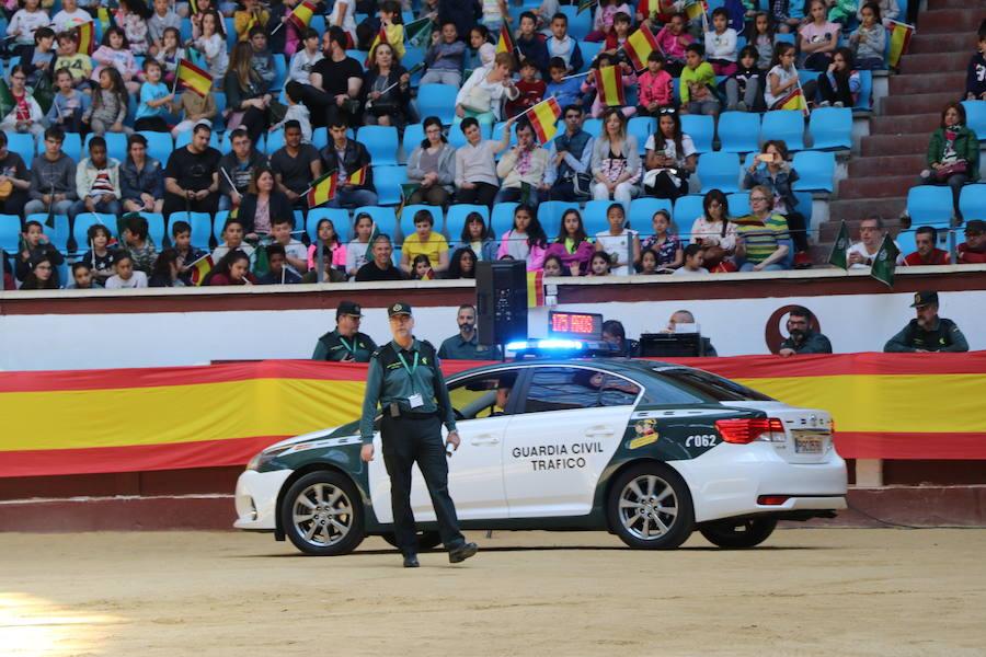 Exhibición de la Guardia Civil en León