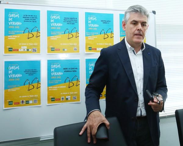 La UNED reabrirá el aula de Vega de Espinareda con un curso de verano sobre destinos turísticos sostenibles