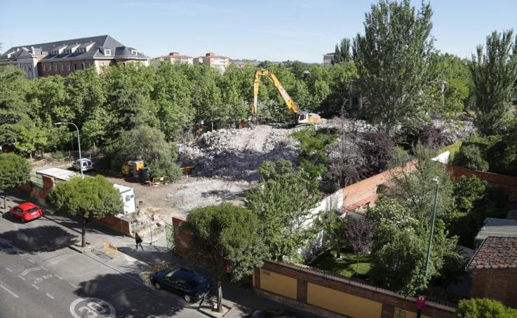 Demolición del instituto Santa Teresa de Valladolid