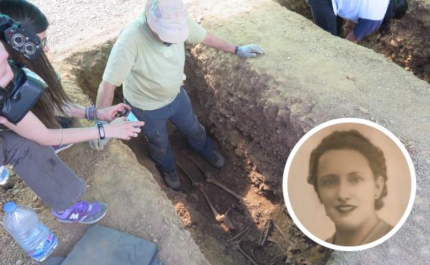 Exhumación de Genara en el Cementerio Civil de León