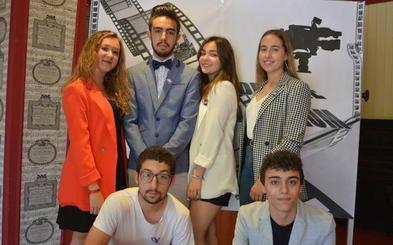 Cacabelos premia en el V Festival de Cine un trabajo sobre los efectos en una familia de la violencia de género