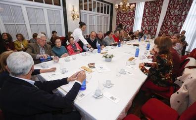 El Grupo Helen se reúne mañana en su Café Alzheimer con representantes de Atención Primaria y Especializada