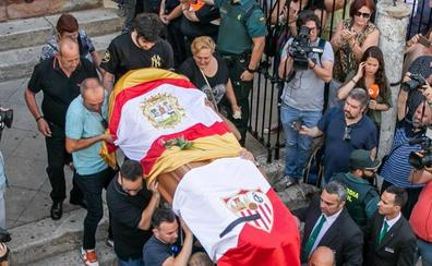 Emotiva despedida a José Antonio Reyes en su Utrera natal