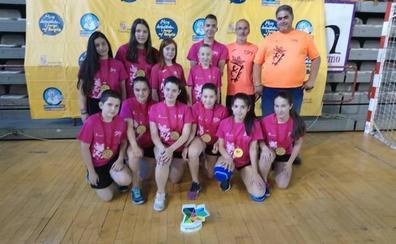 El Colegio Virgen Blanca repite como campeón escolar de Castilla y León de voleibol infantil