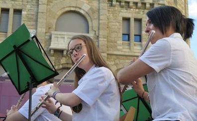 La Diputación destina 60.000 euros a colaborar con once pueblos para financiar bandas de música