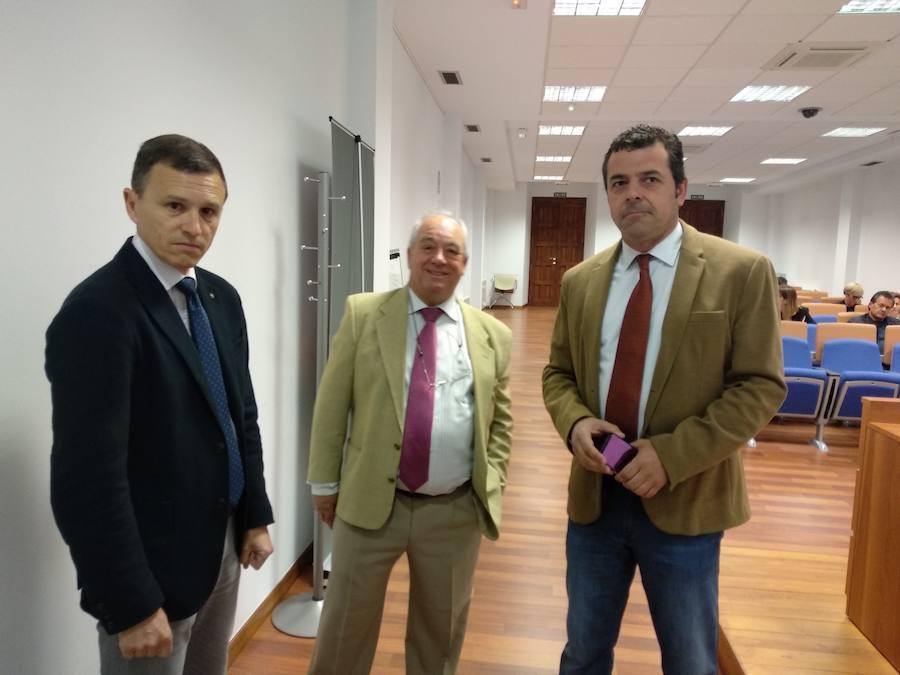 Fele Bierzo analiza en Ponferrada las implicaciones del nuevo control obligatorio de la jornada laboral
