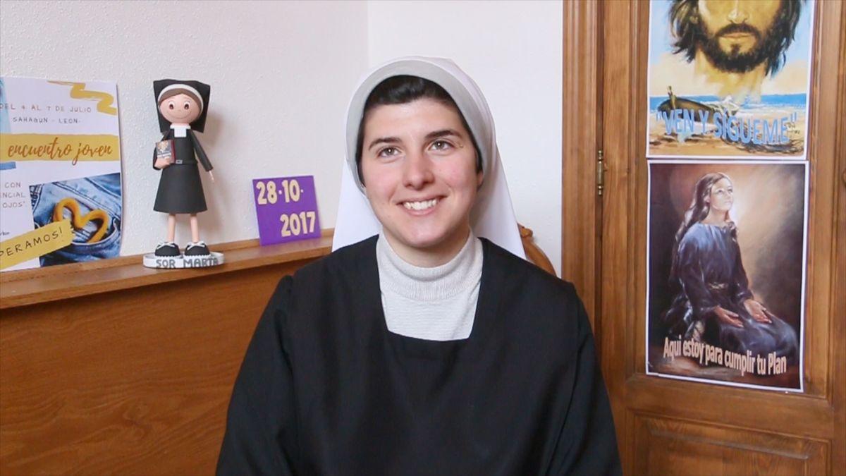 Marta González, la monja youtuber