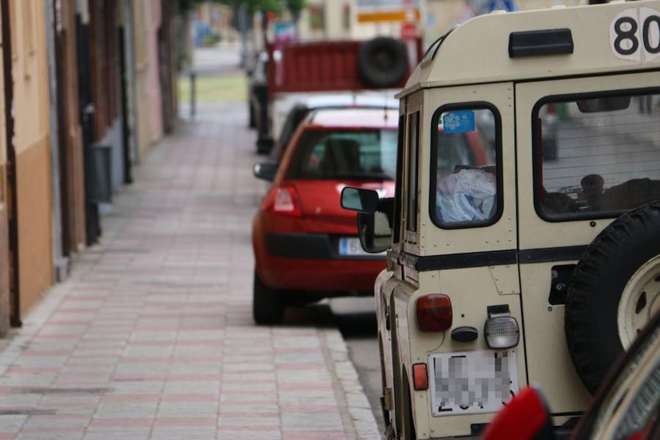 Cartagena, la calle de León donde debes aparcar sobre la acera