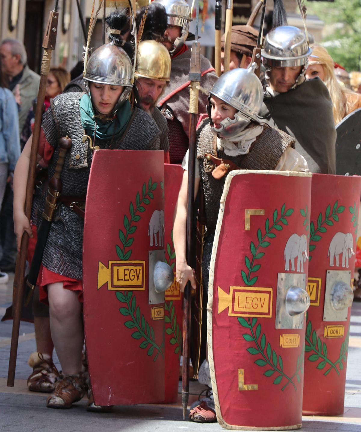 Roma vuelve a invadir las calles de León