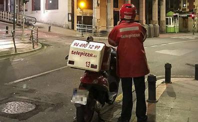 Arrolla a un repartidor de Telepizza de 19 años en Palencia y se da a la fuga