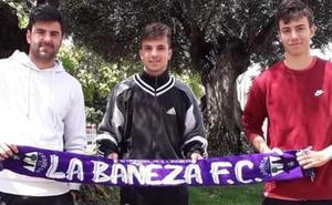 La Bañeza oficializa sus tres primeros fichajes
