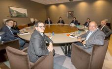Arranca una semana intensa de negociaciones para los ayuntamientos, con el pacto Cs-PP en el punto de mira
