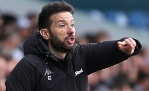Los aficionados del Leeds: «No podemos dejar que se vaya Corberán»