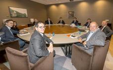 Espejo (Cs) avisa al PP que si no aceptan sus exigencias se abrirán negociaciones con el PSOE