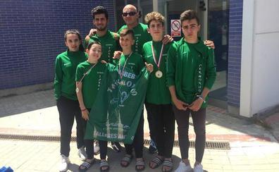 Dos oros y una plata para el Taekwondo Valderas en el Campeonato de Castilla y León