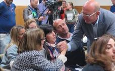 VOX denuncia un «pucherazo» electoral, recurre con el PP la mesa 7-5B y dilata la constitución del nuevo Ayuntamiento de León
