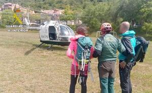 La Guardia Civil rescata a dos montañeros extraviados en el municipio de Posada de Valdeón