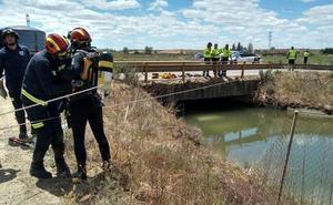 Fallece un matrimonio tras caer un coche a un canal de agua en la localidad de San Millán de los Caballeros