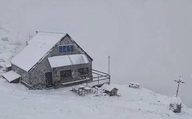 La nieve reaparece en junio en Castilla y León