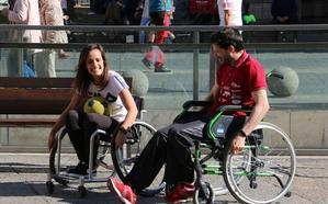 El CRE lleva el deporte adaptado a la calle para luchar por la visibilidad y la integración
