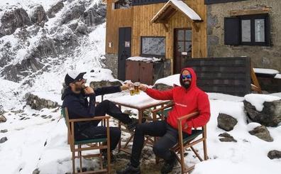 Tras la tormenta de nieve, una cerveza a 2.000 metros de altura