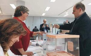 Acuerdo de gobierno PP-Cs para que Carrera de Blas sea alcalde de La Bañeza