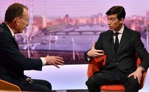 Rory Stewart, candidato excéntrico, cautiva en el debate sin Johnson