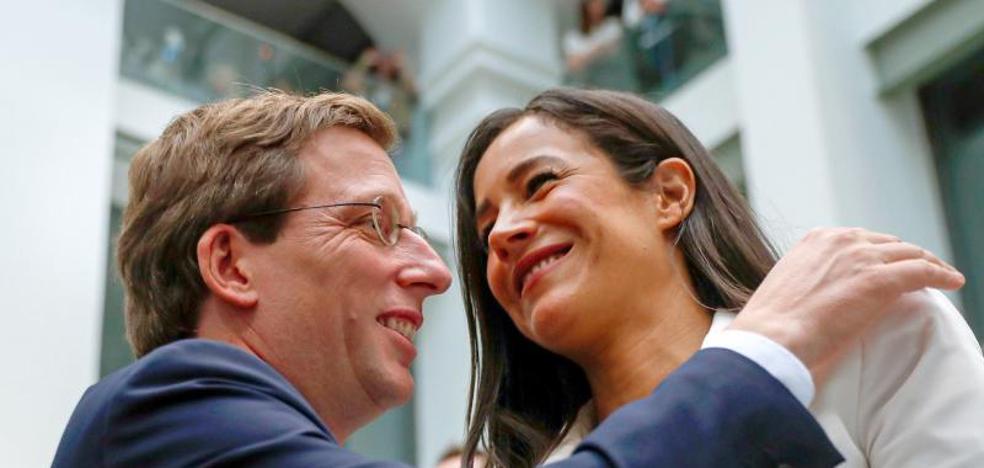 Vox rompe con el PP por el reparto de poder en Madrid y amaga con hacerlo en toda España